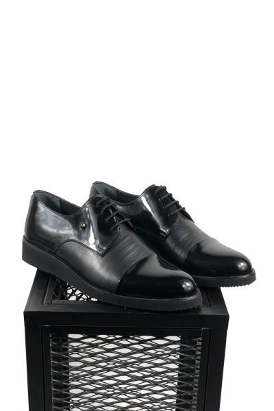 Hakiki Deri Siyah Eva Taban Rugan Detaylı Ayakkabı